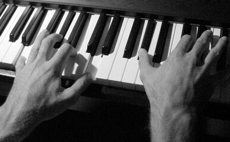 Piano Genérico 01
