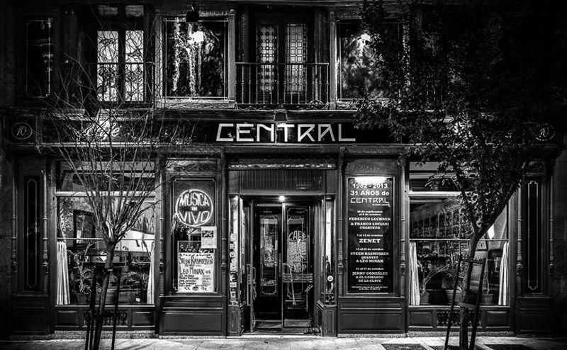 ¿Adiós al Café Central?