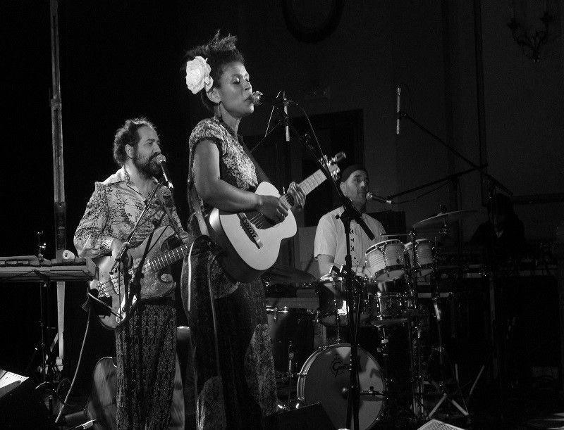 Crónica Carmen Souza, Círculo das Artes, XXV Festival de Jazz de Lugo. 30 de noviembre de 2015