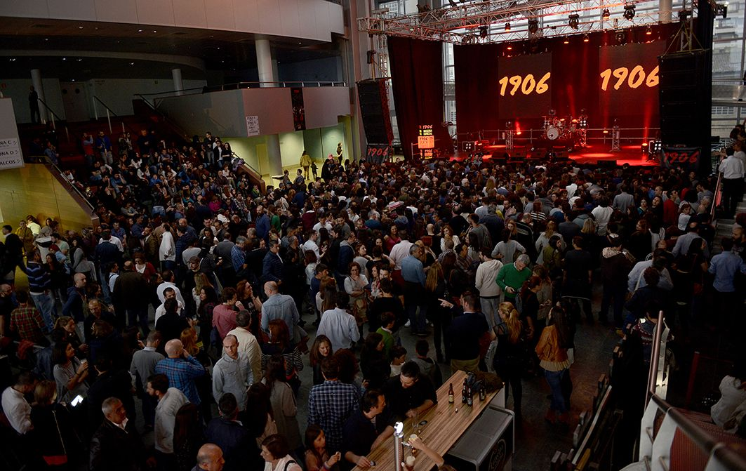 Crónica de 2Cellos en Vigo. Auditorio do Mar. 21 de mayo de 2016. Fotografía: Janite Lafuente